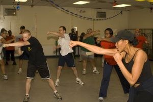gym-room-1180052_1920